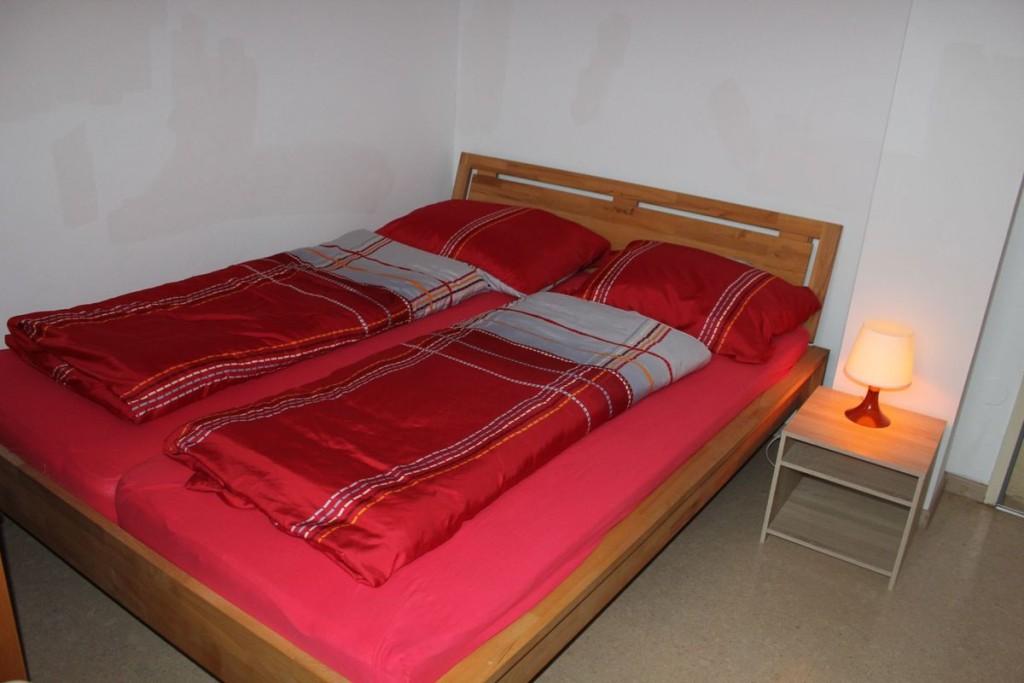 Schlafzimmer 2 | Bettgröße 1,90 x 1,60 m